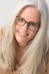 Monika Metzen berät Sie in schwierigen Lebensphasen. Rufen Sie an und informieren Sie sich! Telefon: 06803 9958162